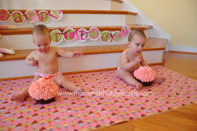 First-Birthday-Cake-Smash-Tips-Wrapping-on-Floor