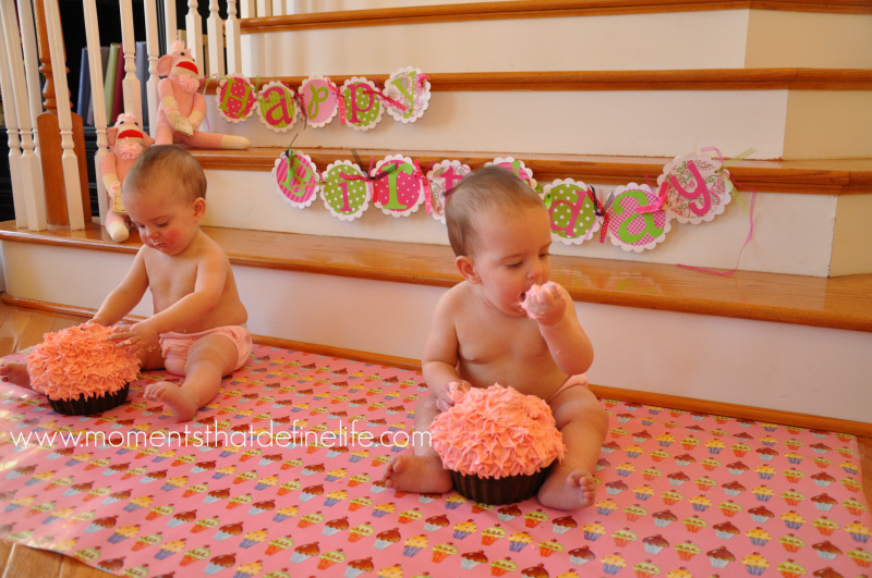 First-Birthday-Cake-Smash-Tips-wrapping-decor